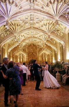 A First Look For An Oxford University Love Story… Magical Wedding, Perfect Wedding, Wedding Locations, Wedding Venues, Wedding Blog, Dream Wedding, Wedding Stuff, Wedding Dress, Event Planning
