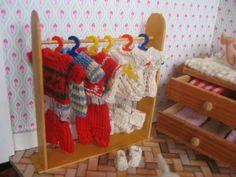 Welt in miniatur .... von Yuliya Y.: Ganz winzige Sachen stricken Miniature clothes for 4,4 - 5,5 cm OOAK babies by Yuliya Y. ( mam-m-mi )
