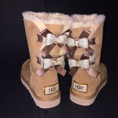 Best uggs black friday sale from our store online.Cheap ugg black friday sale with top quality.New Ugg boots outlet sale with clearance price. Cute Shoes, Me Too Shoes, Original Ugg Boots, Botas Dr Martens, Uggs With Bows, Ugg Classic Tall, Uggs For Cheap, Ugg Boots Cheap, Bow Boots