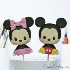 Mickey Mouse and Minnie Mouse - cake by Crumb Avenue Mickey Mouse Cake Topper, Mickey And Minnie Cake, Mickey Mouse Cupcakes, Mickey Cakes, Cake Topper Tutorial, Cake Toppers, Cute Avocado, Mickey Birthday, Baby Mouse