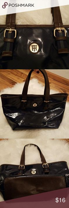 Tommy Hilfiger tote Navy blue, gold and leather accents! Tommy Hilfiger Bags Totes