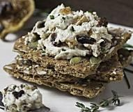 Herbed Goat Cheese and California Fig Spread | Valley Fig Growers