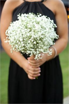 simple babys breath wedding bouquet / http://www.deerpearlflowers.com/rustic-budget-friendly-gypsophila-babys-breath-wedding-ideas/2/
