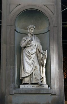 Dante Allighieri Statue in the Uffizi Gallery Courtyard, Florence, Italy Florence Renaissance, Italian Renaissance, Renaissance Art, Dante Alighieri, Renaissance Literature, Dantes Inferno, Italy Pictures, Beautiful Poetry, Late Middle Ages