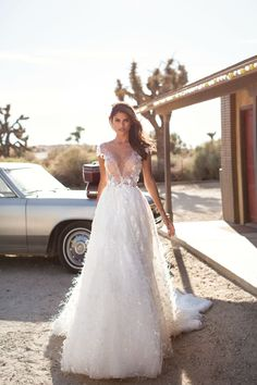 Unique bridal couture MillaNova calls your attention to new luxurious dress collection. Вeautiful wedding gowns created for your happiness! New Bridal Dresses, Bridal Gowns, Wedding Dresses, Couture Wedding Gowns, Nova Dresses, Bridal Boutique, Dress Collection, Wedding Styles, Marie