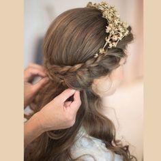 Coroa de flores secas e trança - Inspiração para noivas e madrinhas de casamento