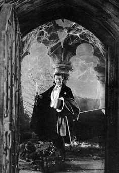 Bela Lugosi in Dracula.