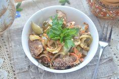 Салат «Шахтерский» из маринованных огурцов с мясом