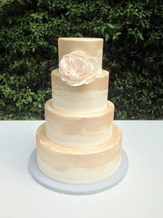 Brushstrokes of blush wedding cake. Sweet on Cake
