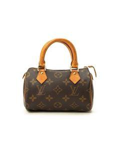 Dream purse: this with a cross body strap and my initials hand painted by LV! I can keep dreaming. Louis Vuitton 'Mini Speedy'