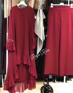 Best 11 We are manufacturers of designer outfits Online orders🤳🤳 Sizes available S to No cod only bank transfer✅ Shipping worldwide✈ Dispatch time weeks📦 For booking WhatsApp or call at 8968922443 ⬅⬅ – SkillOfKing. Pakistani Fashion Party Wear, Pakistani Dresses Casual, Indian Fashion Dresses, Pakistani Dress Design, Fashion Outfits, Funky Dresses, Stylish Dresses For Girls, Stylish Dress Designs, Designs For Dresses