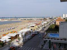 Veduta della Riviera Nord di Senigallia, provincia di Ancona , Marche, Italia....