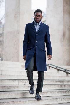 The Best Dressed Men at London, Milan, and Paris Fashion Week Best Dressed Man, Autumn Street Style, Blazers For Men, Gentleman Style, Mens Fashion, Paris Fashion, Winter Outfits, Winter Clothes, Men Dress