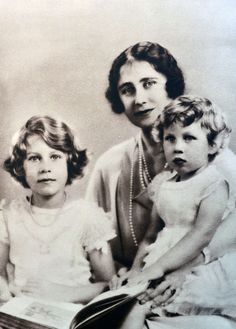 Family portrait of the Duchess of York (later Queen Elizabeth) and her two daughters, Princess Elizabeth and Princess Margret