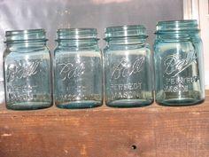 LOT of 4 Vintage Aqua Mason Perfect Mason Pint Jars Zinc Lids Included