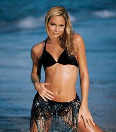 So Fine Stacy Keibler World Championship Wrestling, Wrestling Divas, Hollywood Game Night, Wwe Nxt Divas, Stacy Keibler, Dancing With The Stars, Bikini Pictures, Beautiful Models, Beautiful Ladies