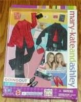 Mary-Kate and Ashley Collection * Accessories: Clothes = Going Out - 2002