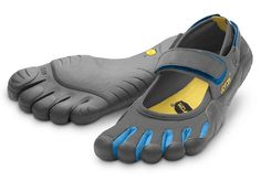 Vibram FiveFingers, this particular style is the Sprint.  They aren't very pretty to look at, but everyone I know who has these say that they are wonderful and a great way to feel like you're bare-foot but not!