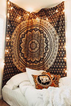Lady Scorpio | @Ladyscorpio101 ☽☽ ladyscorpio101.com ☆ Perfect Bedroom Decor for the Hippie at heart ♡ These Wall Space decorations are perfect for Christmas and the Holidays for your home