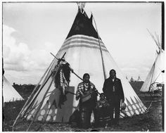 Bull Calf and two daughters - Blackfeet (Pikuni) - 1903