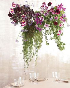 Wedding Flowers with Greenery This cluster of suspended arrangements hung with twine frees up table Hanging Centerpiece, Floral Centerpieces, Hanging Flowers, Hanging Plants, Hanging Baskets, Wedding Arrangements, Floral Arrangements, Flower Arrangement, Jade Plants