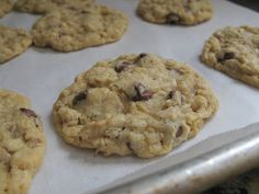 The Bake-Off Flunkie: Kaitlyn's Outrageous Oatmeal-Chocolate Chip Cookies