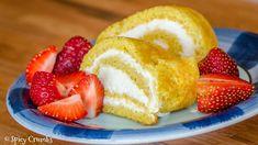 Mandlová roláda French Toast, Cheesecake, Low Carb, Breakfast, Food, Cheesecake Cake, Low Carb Recipes, Breakfast Cafe, Cheesecakes