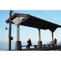 【tmy_natural】さんのInstagramをピンしています。 《. . . えき と ひとびと 1 . . 繕い裁つ人✂︎ のリバイバル上映 すごい観に行きたい 神戸が舞台 劇場舞台挨拶で見た中谷美紀さんが 美しすぎて脳裏から離れません💭 . #下灘駅 #愛媛 #sky #空 #IGで繋がる空 #海 #うみ #オリンパス倶楽部 #OLYMPUS #omd #em5m2 #em5mark2 #olympusomdem5markii #igersjp #team_jp_西 #カメラ好きな人と繋がりたい #ファインダー越しの私の世界 #写真好きな人と繋がりたい #写真撮ってる人と繋がりたい .》