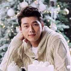 Baby it's cold outside ❄️ Hyun Bin, Lee Hyun, Korean Star, Korean Men, Lee Min Ho, Asian Actors, Korean Actors, Netflix Dramas, Choi Jin Hyuk