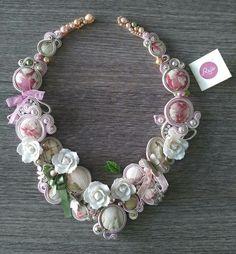 Hand-sewn necklace, romantic victorian necklacw, shabby chic. Shop: https://www.etsy.com/shop/Rejesoutache?ref=pr_shop_more