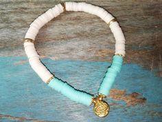 "Bracelet "" heishi orient "" - Un grand marché Iceland Beach, Bleu Turquoise, Bracelets, Beaded Necklace, Jewellery, Jewels, Fashion Jewelry, Necklaces, White People"