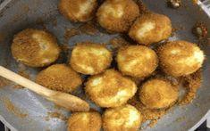 Výborný tip na ultra rýchle knedličky z tvarohu a krupice.Sú fantastické a potrebujete na ne len 2 prísady. Recept som sa naučila v Maďarsku a iné už nerobím.Sú výborné a cesto pripravíte len za 5 minút. Potrebujeme: 250 g mäkkého tvarohu 100 g detskej krupice *Ja pridávam do cesta aj trošku soli (asi 1/3 – 1/2 lyžičky), zdajú sa mi