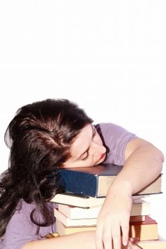 Wondering Why Sleep Deprivation is Bad for You? Read This! Why you should get more beauty sleep