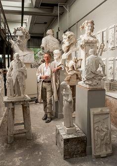 Sculpture Art, Sculptures, Statues, Art Hoe, Renaissance Art, Aesthetic Art, Art Studios, Artist At Work, Light In The Dark
