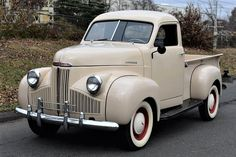 Post-war pickup, 1946 Studebaker brought back to factory condition American Auto, American Classic Cars, Old Trucks, Pickup Trucks, Bring Back, Bring It On, Vintage Cars, Antique Cars, Panel Truck