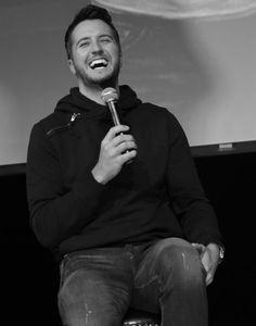 Luke Bryan Photos: Luke Bryan Press Conference announce ncing 2015 Kick Up The Dust Tour!!!