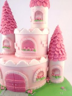 cute princess castle cake