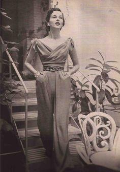 Vogue June 1950 -Joseph Bellanco-Diane and Allan Arbus-Mary Faulconor   eBay