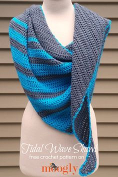 Tidal Wave Shawl - free crochet pattern on Mooglyblog.com! *** #fashion #crochet patterns #yarn #lion brand #crafts #easy #beginner #gift idea