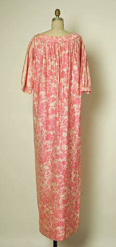Loungewear.  House of Balenciaga  (French, founded 1937).  Designer: Cristobal Balenciaga (Spanish, 1895–1972). Date: spring/summer 1961. Culture: French. Medium: silk. Dimensions: Length at CB (a): 60 1/2 in. (153.7 cm). Length at Side Seam (b): 40 in. (101.6 cm). Length (c, d): 11 in. (27.9 cm).