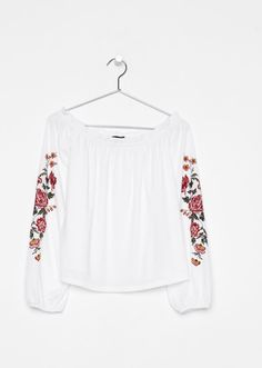 Discover Bershka's new Spring 2020 T-shirt collection for women. Printed, camisole or slogan T-shirts with free delivery on orders over Bell Sleeves, Bell Sleeve Top, Blouse, Long Sleeve, Tops, Women, Fashion, Moda, Long Dress Patterns