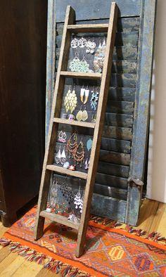 Handmade Ladder Jewelry Display Primitive Unique por Cloud9Jewels