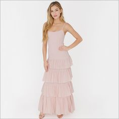 Versatile and feminine, this dress can be worn in many ways. As an every day sundress, bridesmaid dress, or wedding guest dresses, this dress is a stunner in all ways. Stunning Dresses, Sexy Dresses, Bridesmaid Rompers, Bridesmaids, Plum Pretty Sugar, Easy Wear, Pop Fashion, Teen Fashion, Clubwear