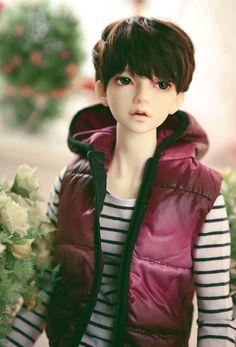 RSDOLL DOLL RUTY | 総合ドール専門通販サイト - DOLKSTATION(ドルクステーション) Ag Dolls, Blythe Dolls, Cute Boy Photo, Lovely Creatures, Bisque Doll, Boy Photos, Boy Doll, Boy Hairstyles, Background Images Wallpapers