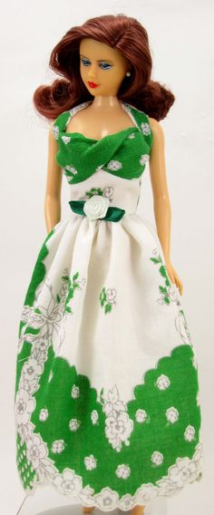 """Hankie Couture is going green!  A dramatic dress to fit 11 1/2"""" Barbie, my…"""