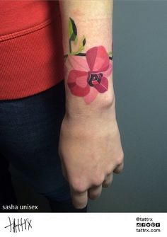 Sasha Unisex, Moscow Russia #ink #tattoo #floral