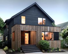 In Nova Scotia, Canada - Elm House by Peter Braithwaite Studio. Photographed by Julian Parkinson. #architecture #design