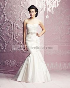 Gown 4261   2012 Spring Collection   Paloma Blanca (Shown Beaded Ribbon Sash)