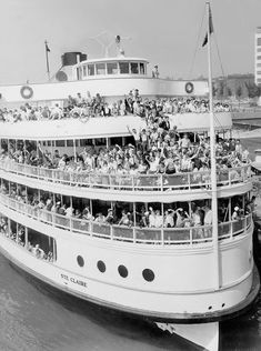 Boblo Island rap song: Listen to 'Boblo Boat' by Royce da and J. Detroit Area, Detroit Michigan, Michigan Facts, Metro Detroit, Detroit Tigers, Bass Boats For Sale, Boblo Boat, Great Lakes Ships, Detroit History