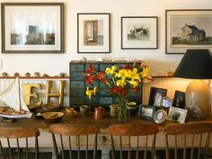 This old New England table displays a collection of jasperware and other trinkets. (Photo: Photo: Brian Vanden Brink)